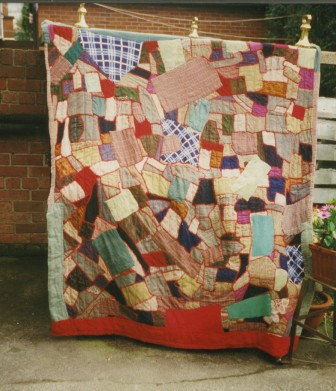 55a0f490 Ireland's tradition of patchwork and quilting thrived and grew rapidly  out of thrift and necessity. Traditionally, Irish patchwork comprise of two  layers ...